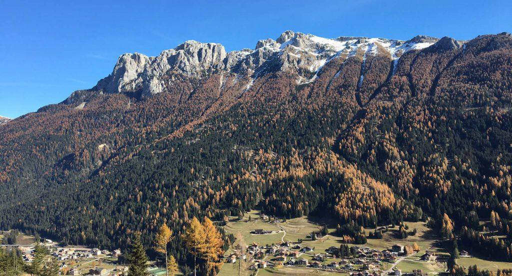 Autunno in Val di Fassa con i colori delle Dolomiti • Ciasa dò Parè