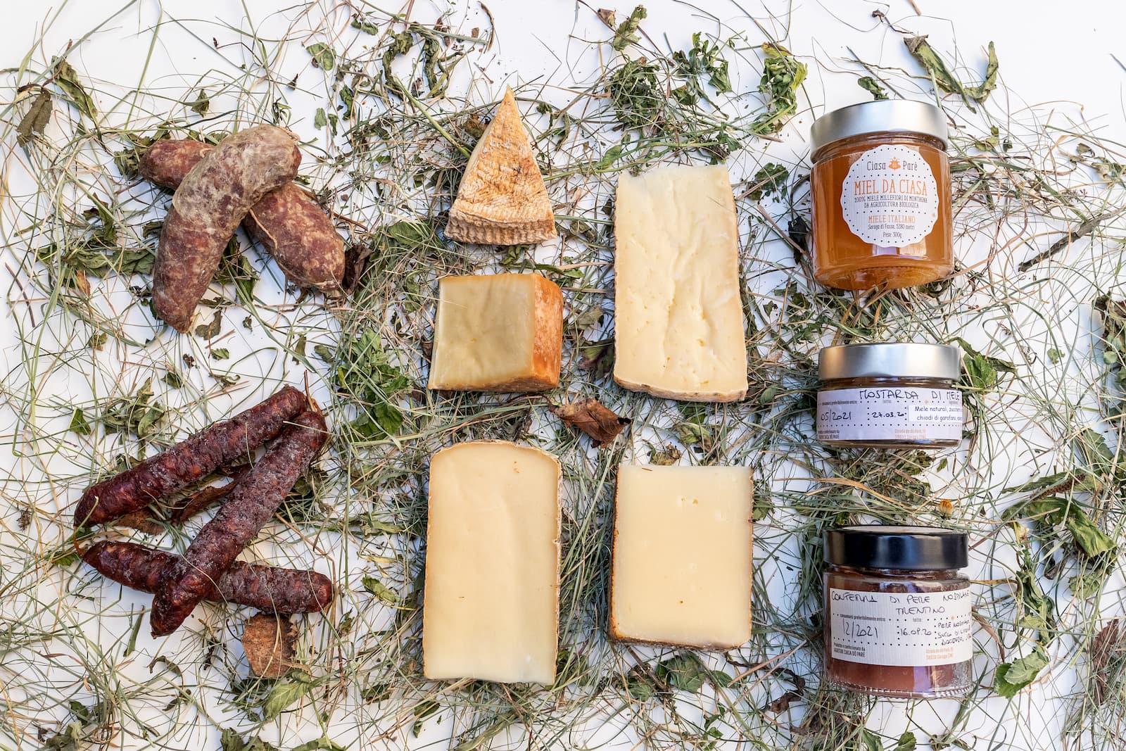 Christmas Box Gift Organic Cheese and Honey from Val di Fassa